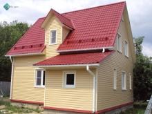 крыша - металлочерепица, фасад - виниловый сайдинг Миттен