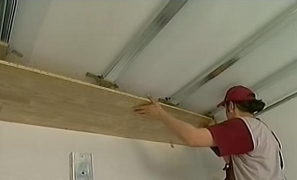 Ламинат на потолке своими руками 172