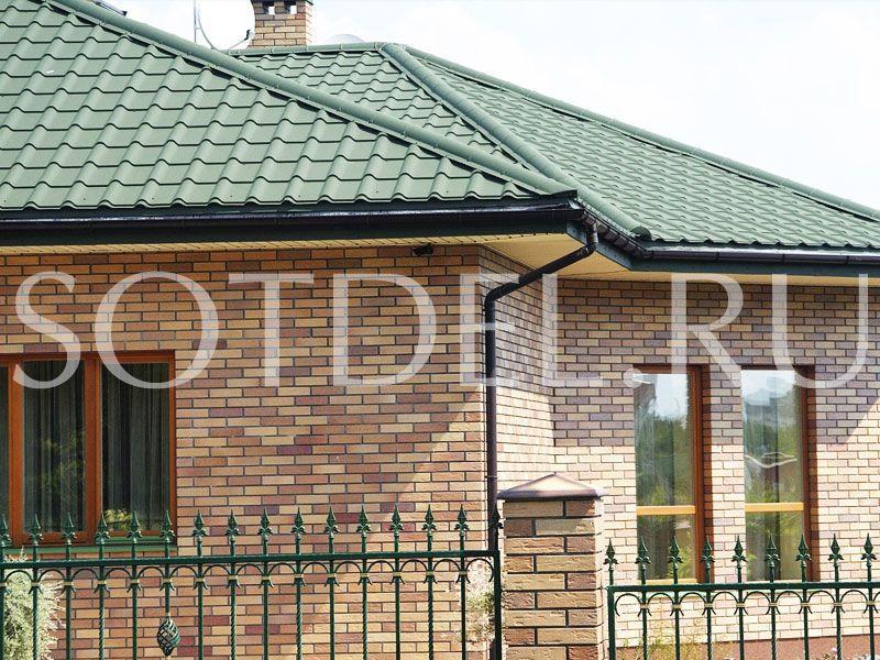 Крыша из зеленой металлочерепицы
